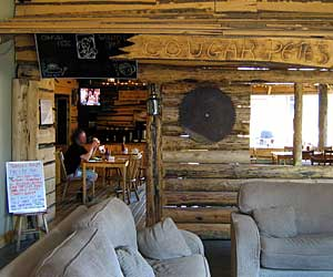 Cougar Pete's off Main Lounge in Banff Alpine Centre Hostel